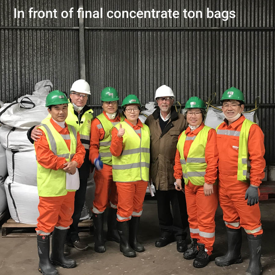 In front of final concentrate ton bags